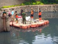 TNI AD Peduli Lingkungan, Uji Coba Penjernihan Air di Waduk Wijaya Kusuma Gunakan Teknologi Baru