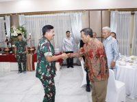 Panglima TNI Menerima Kunjungan Silaturrahmi Mahfud MD