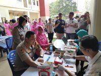 Hut Bhayangkara Ke – 73, Polres Jakarta Barat Gelar Bhakti Kesehatan