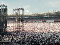 Meski di Bawah Terik Matahari Yel yel Jokowi Lagi Menggema Di GBK