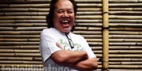Sastrawan dan Wartawan Senior Asrwendo Atmowiloto Tupup Usia